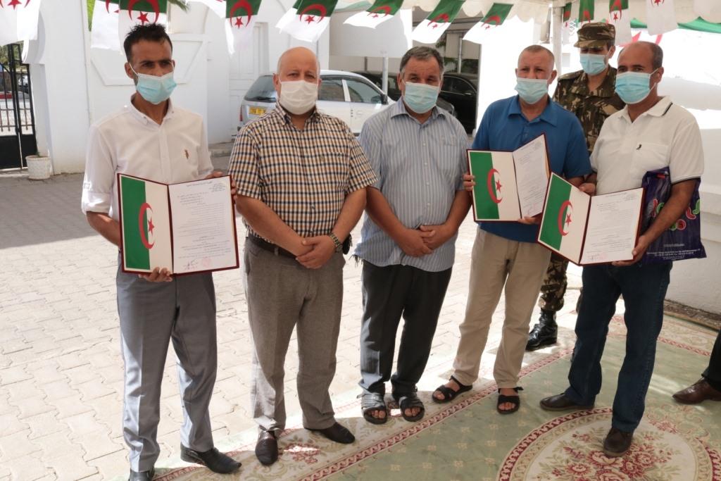 توزيع عشر سيارات اسعاف طبيه مجهزه بأحدث التجهيزات