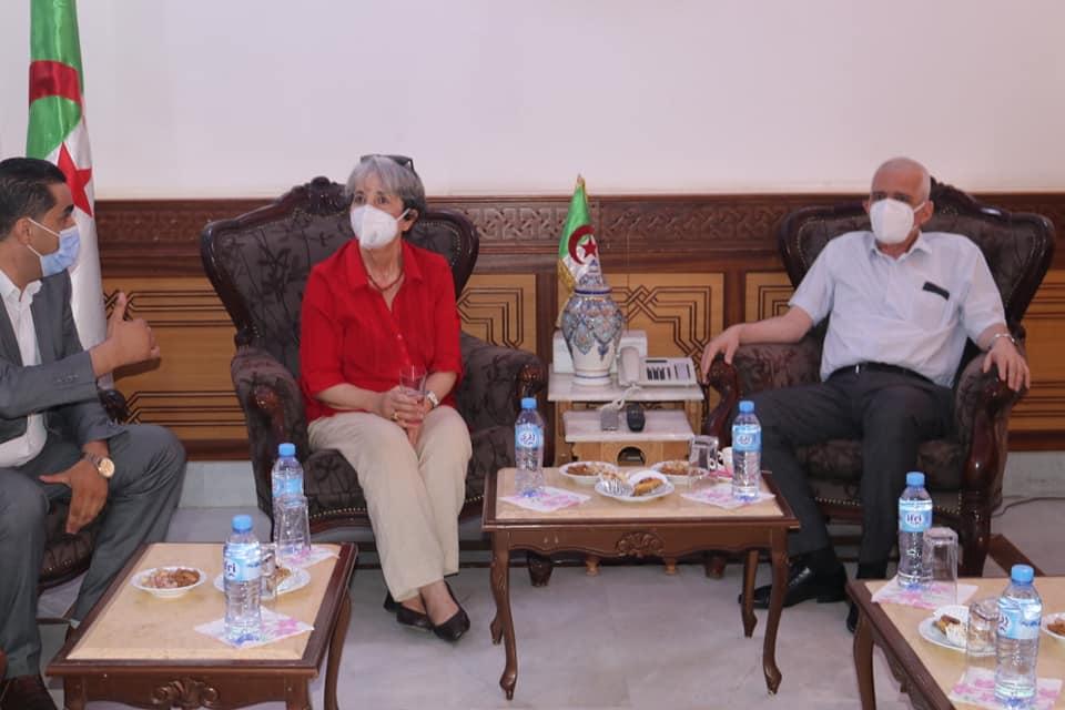 حلول رئيسة الهلال الأحمر الجزائري السيدة سعيدة بن حبيلس بولاية المدية