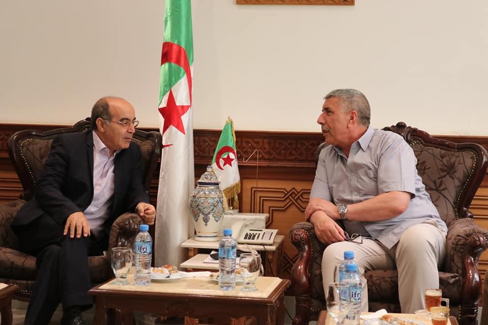 استقبال لمدير العام لمؤسسة الجزائرية للمياه السيد عميروش إسماعيل